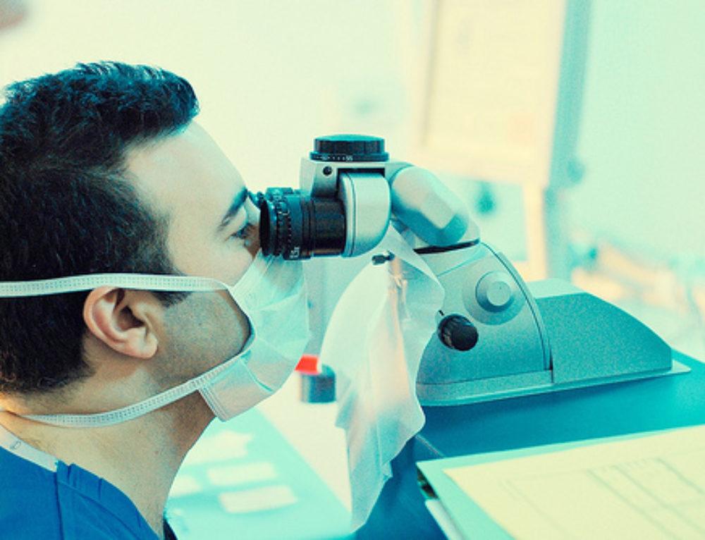 What Does LASIK Laser Eye Surgery Feel Like?